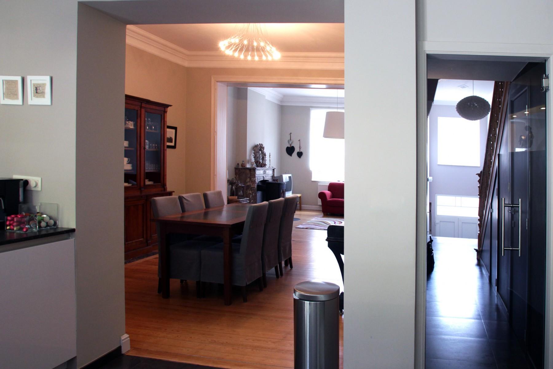 merni 008. Black Bedroom Furniture Sets. Home Design Ideas